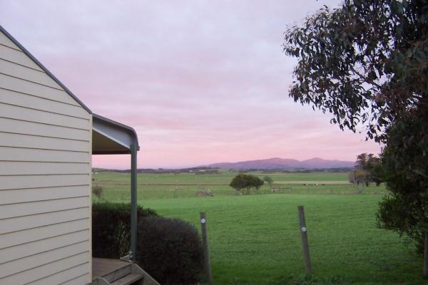cabin-view-sunsetE8858720-8BA1-BD63-9D4A-3EC4D667C867.jpg